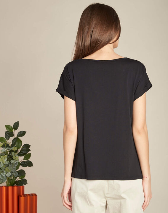 Epirrhoe short-sleeved black T-shirt with embroidery (4) - 1-2-3