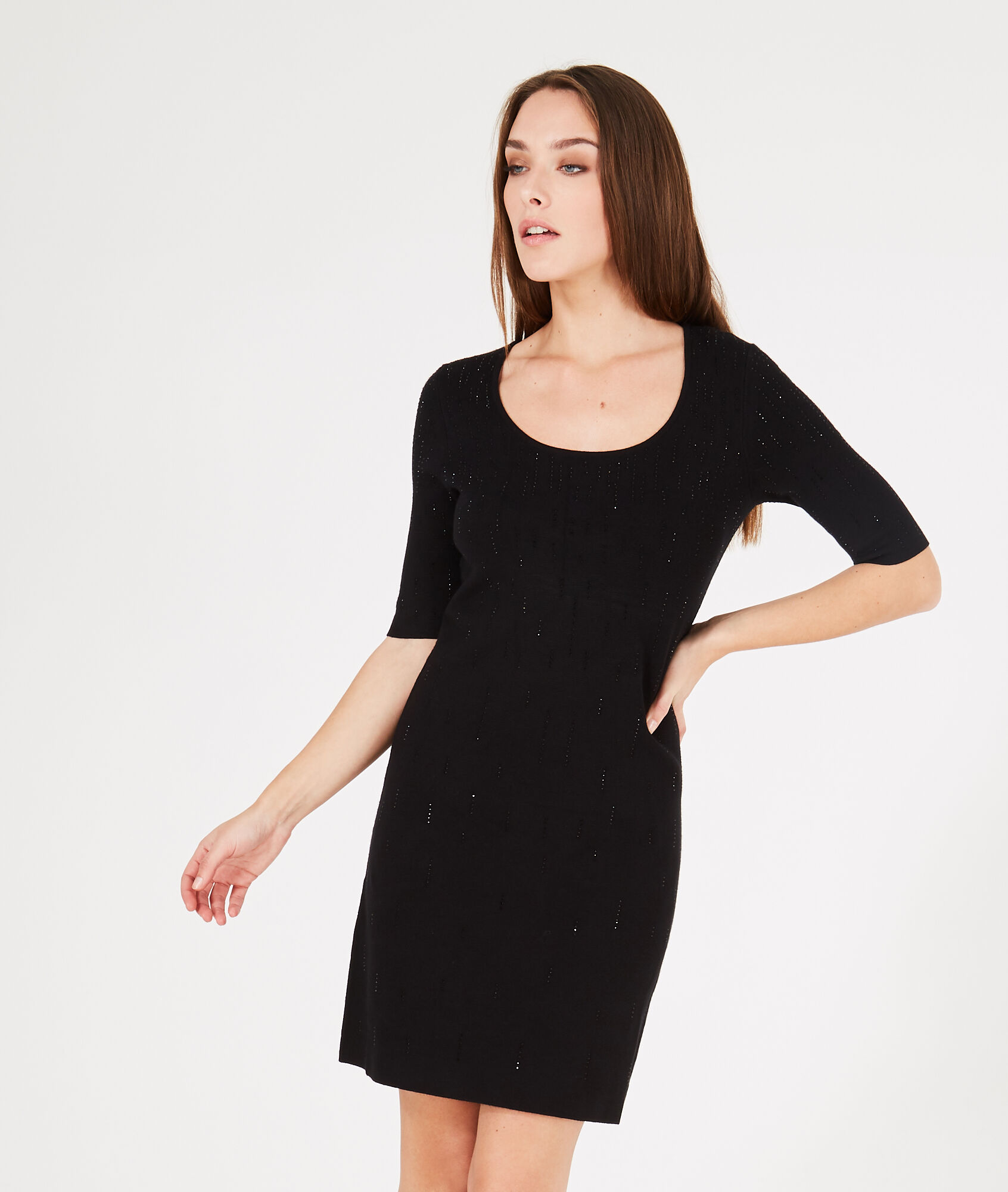 Robe noire chic taille 48