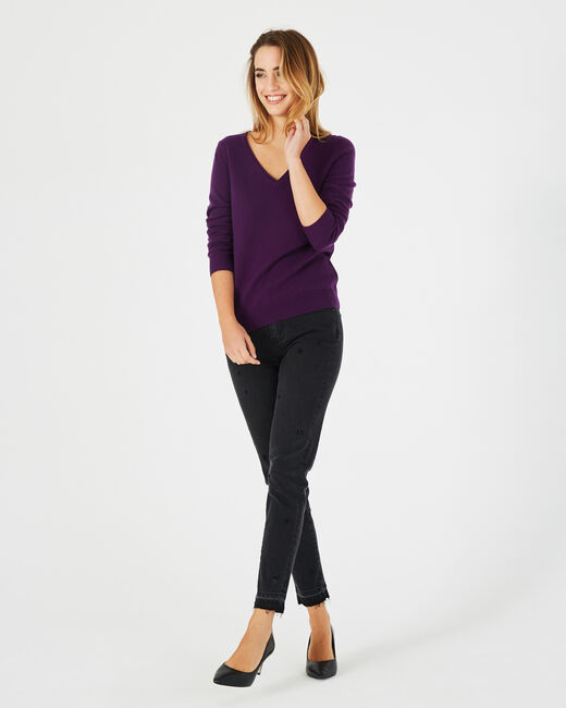 Pivoine blackcurrant V-neck sweater in cashmere (1) - 1-2-3