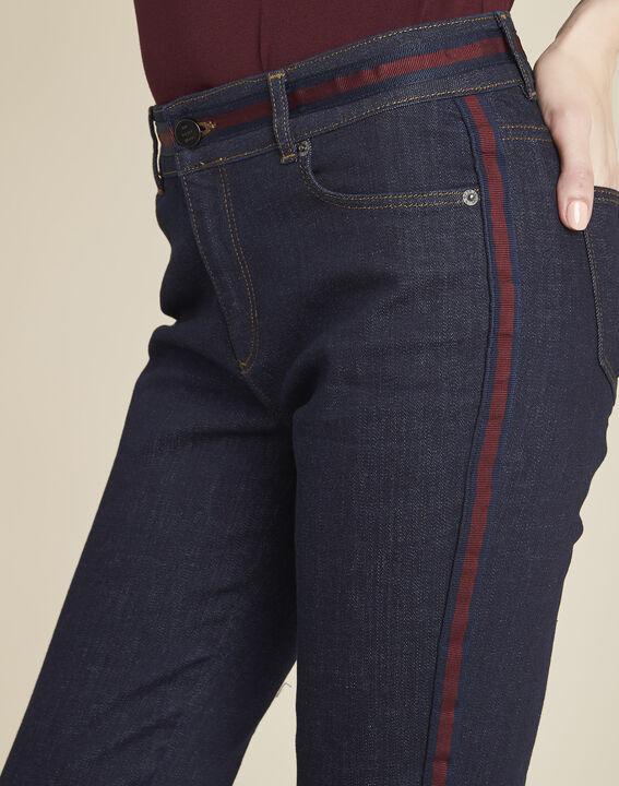 Marineblaue Straight Cut-Jeans mit seitlichen bordeauxroten Streifen Vivienne (3) - 1-2-3