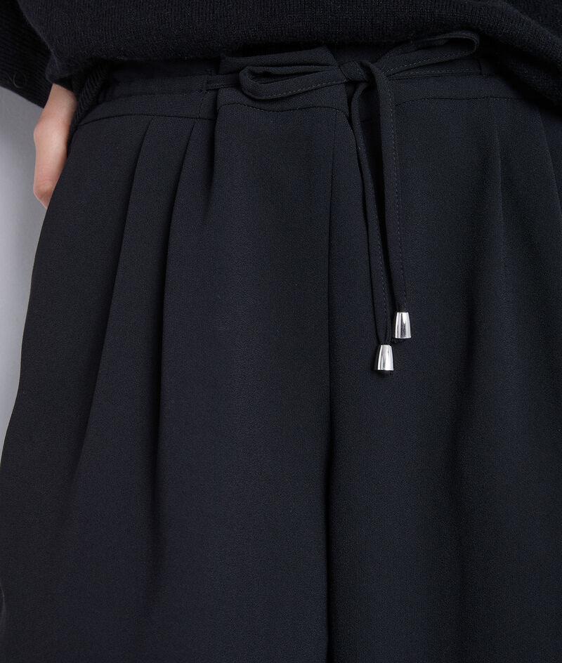 Pantalon noir en crêpe à cordon Flynn  PhotoZ | 1-2-3