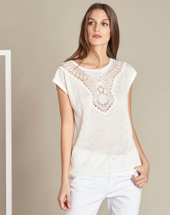 Elise ecru linen T-shirt with lace on the neckline (3) - 1-2-3
