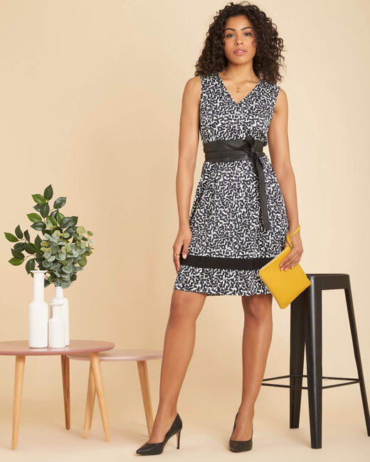 Isis black printed dress with V-neckline (1) - 1-2-3