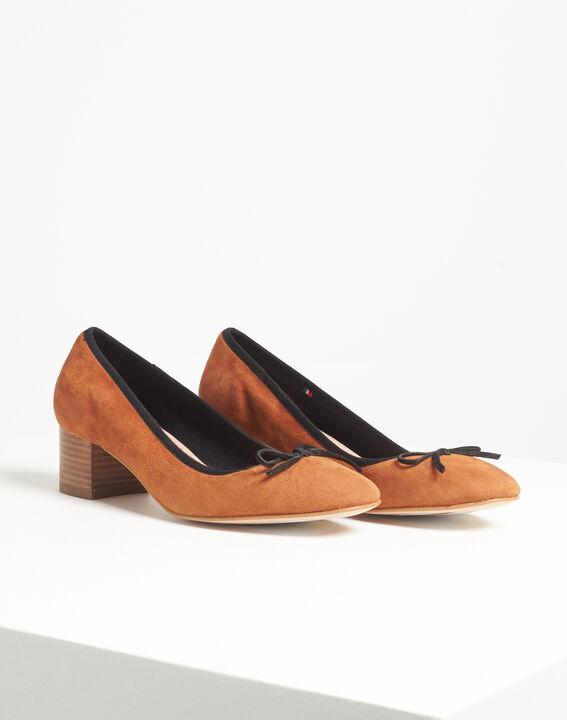 Kalista camel velvet-effect shoes with square heels (3) - 1-2-3