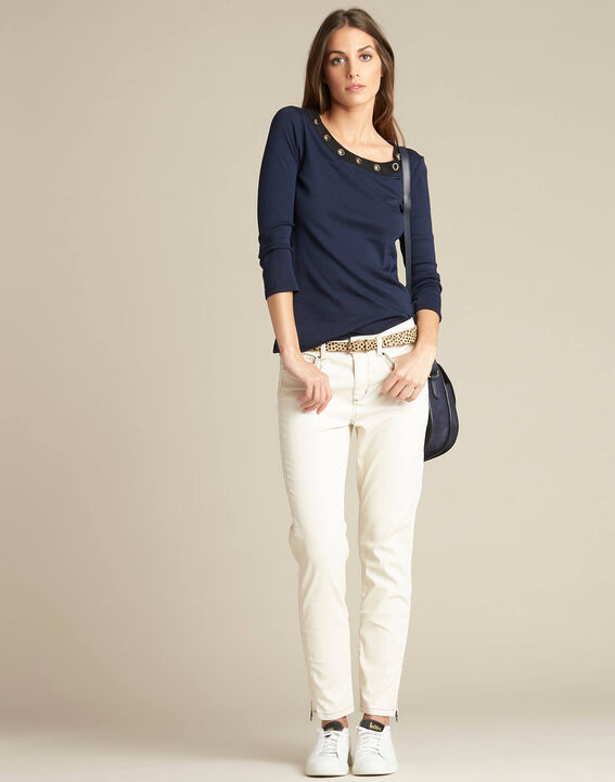 Basic navy blue T-shirt with rounded neckline and eyelets (2) - 1-2-3