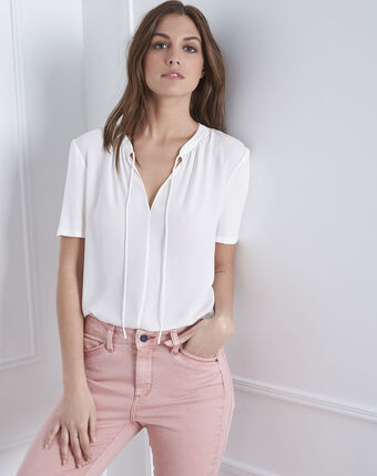 Viola cream blouse with collar with lacing cream.