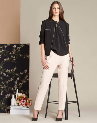 Vadi nude fitted trousers with lateral band salmon.