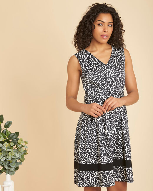 Isis black printed dress with V-neckline (2) - 1-2-3