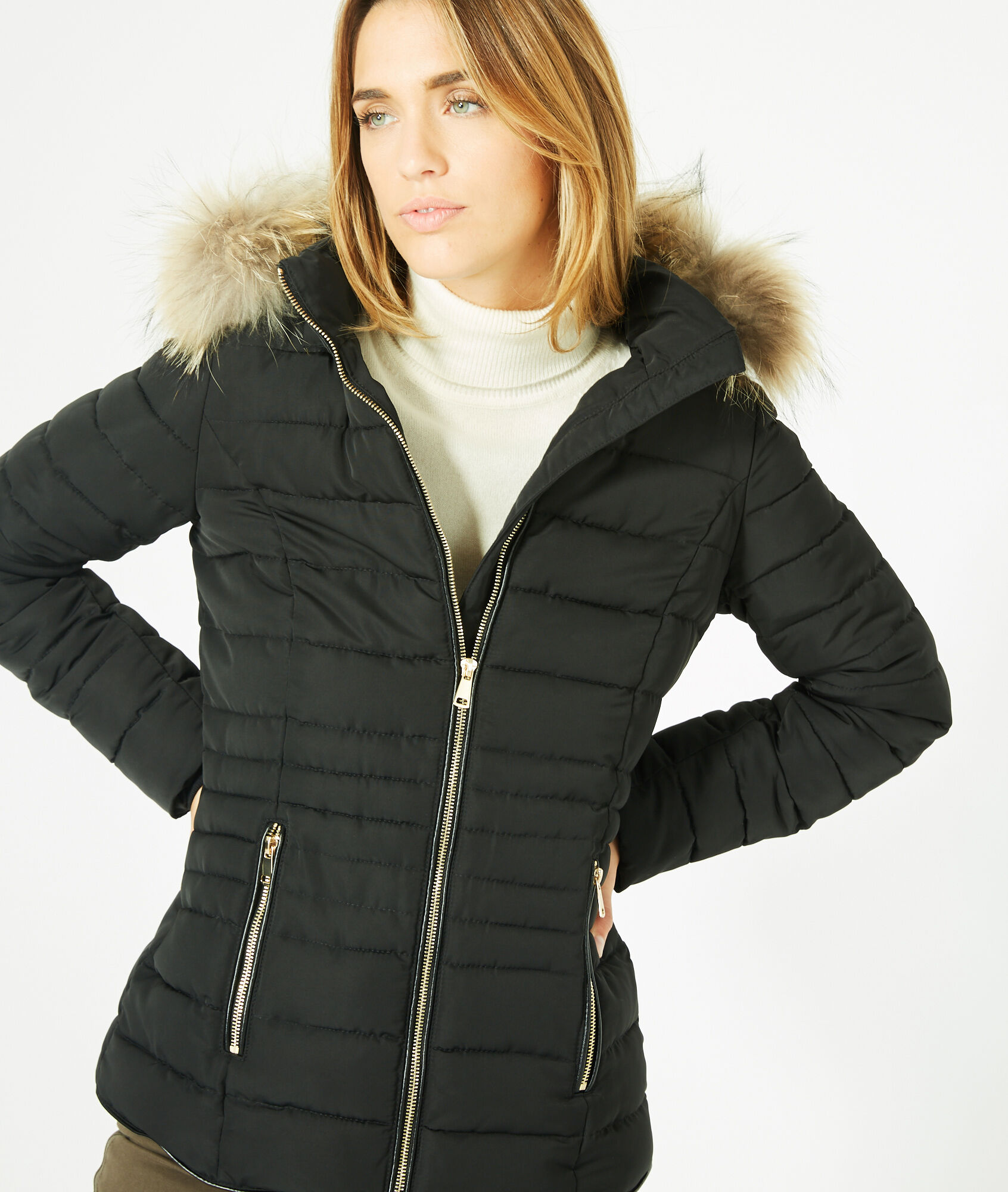 Rosie short black puffer jacket with a hood - 123