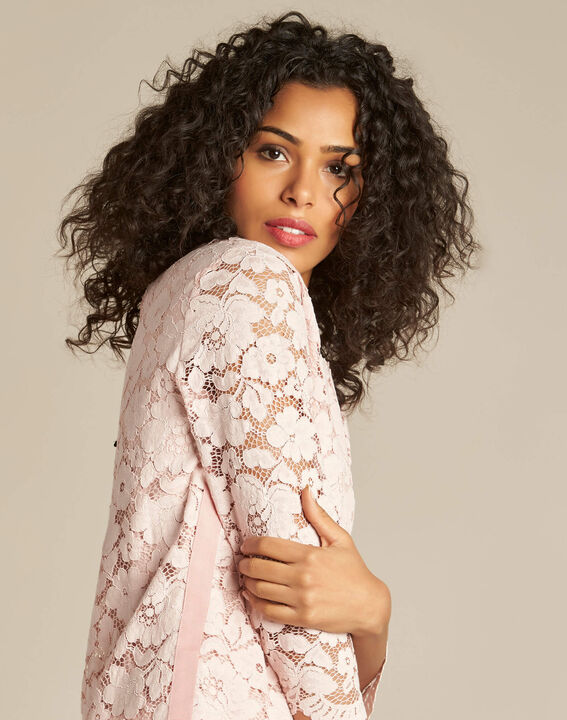 Geraldine powder pink blouse in lace PhotoZ | 1-2-3