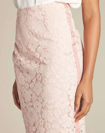 Lantana nude straight-cut skirt in lace salmon.