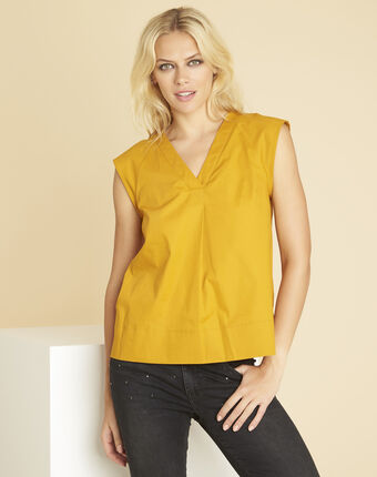 Chantal amber v-neck top in poplin sun.