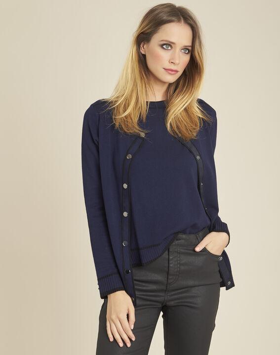 Zweifarbige marineblaue und schwarze Strickjacke mit Druckknöpfen Beauty PhotoZ | 1-2-3