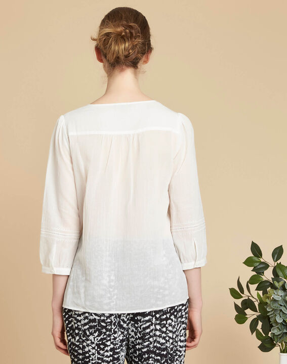 Gabi ecru blouse with lace at the neckline (4) - 1-2-3