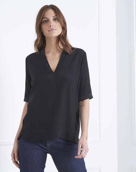 Virginie black V-neck flowing blouse (2) - Maison 123