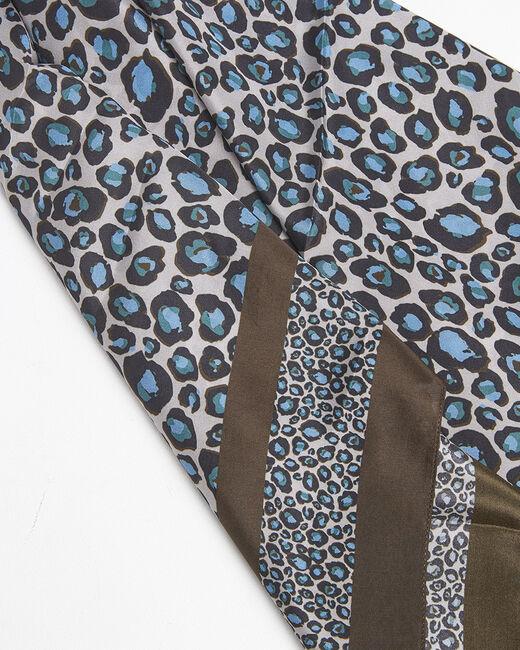 Carré de soie bleu imprimé léopard Felin (1) - 1-2-3