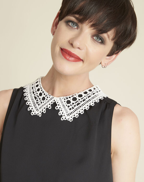 Cassie black top with lace neckline (2) - 1-2-3