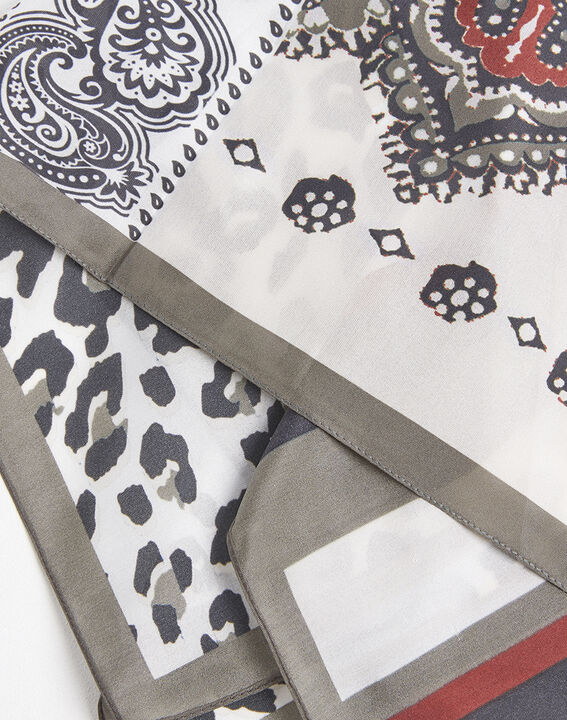 Famy nude silk square with animal print and graphic motif (2) - 1-2-3