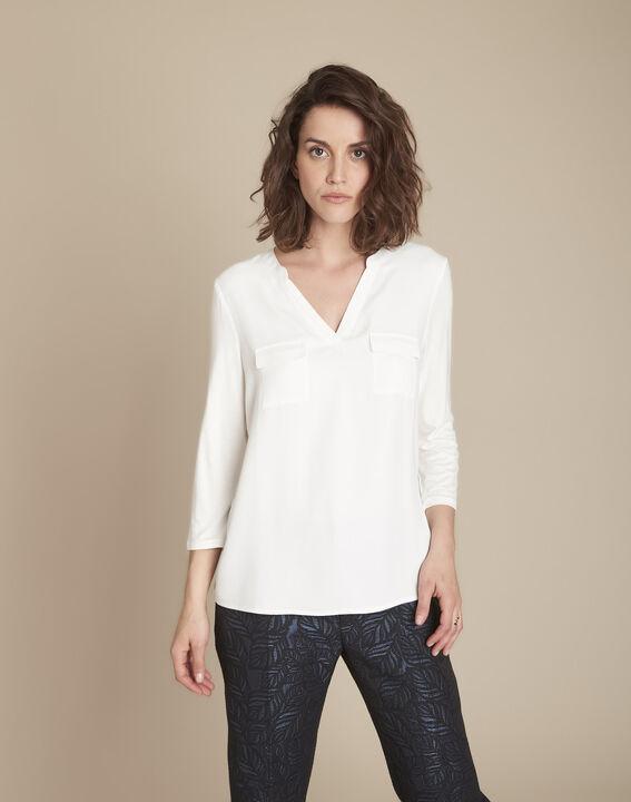 Ecru T-shirt uit twee materialen met Tunesische kraag Genna PhotoZ | 1-2-3