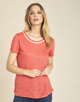 White linen t-shirt with coral neckline coral.
