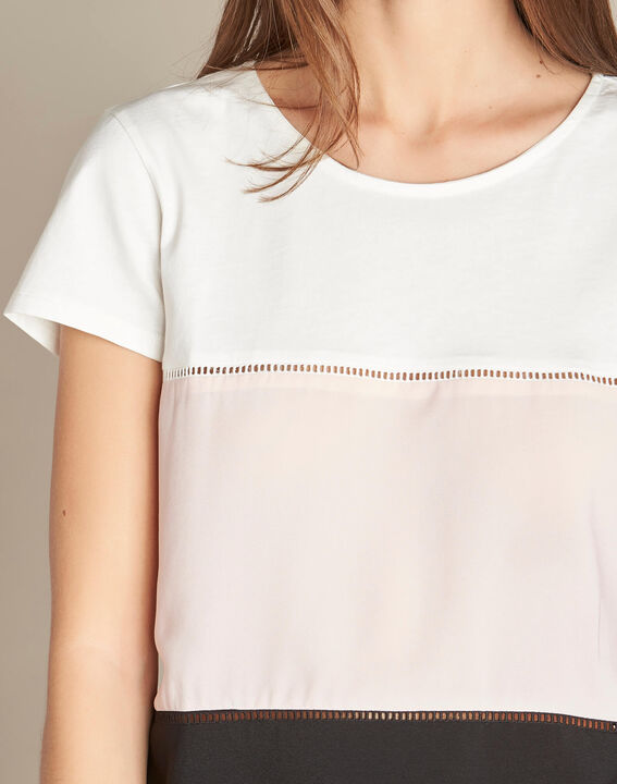 Echelle ecru block colour T-shirt with openwork detailing PhotoZ | 1-2-3