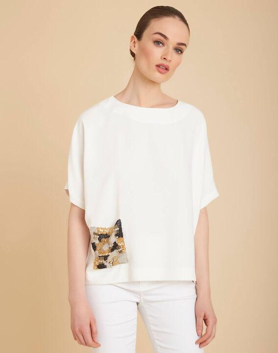 Gwen ecru T-shirt with beaded pockets (3) - 1-2-3