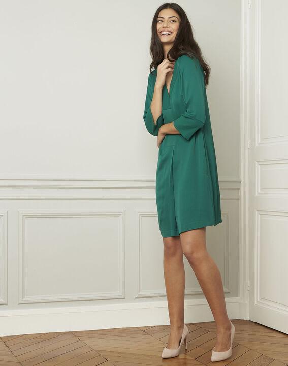 Grünes Kleid mit V-Ausschnitt Lina (2) - Maison 123