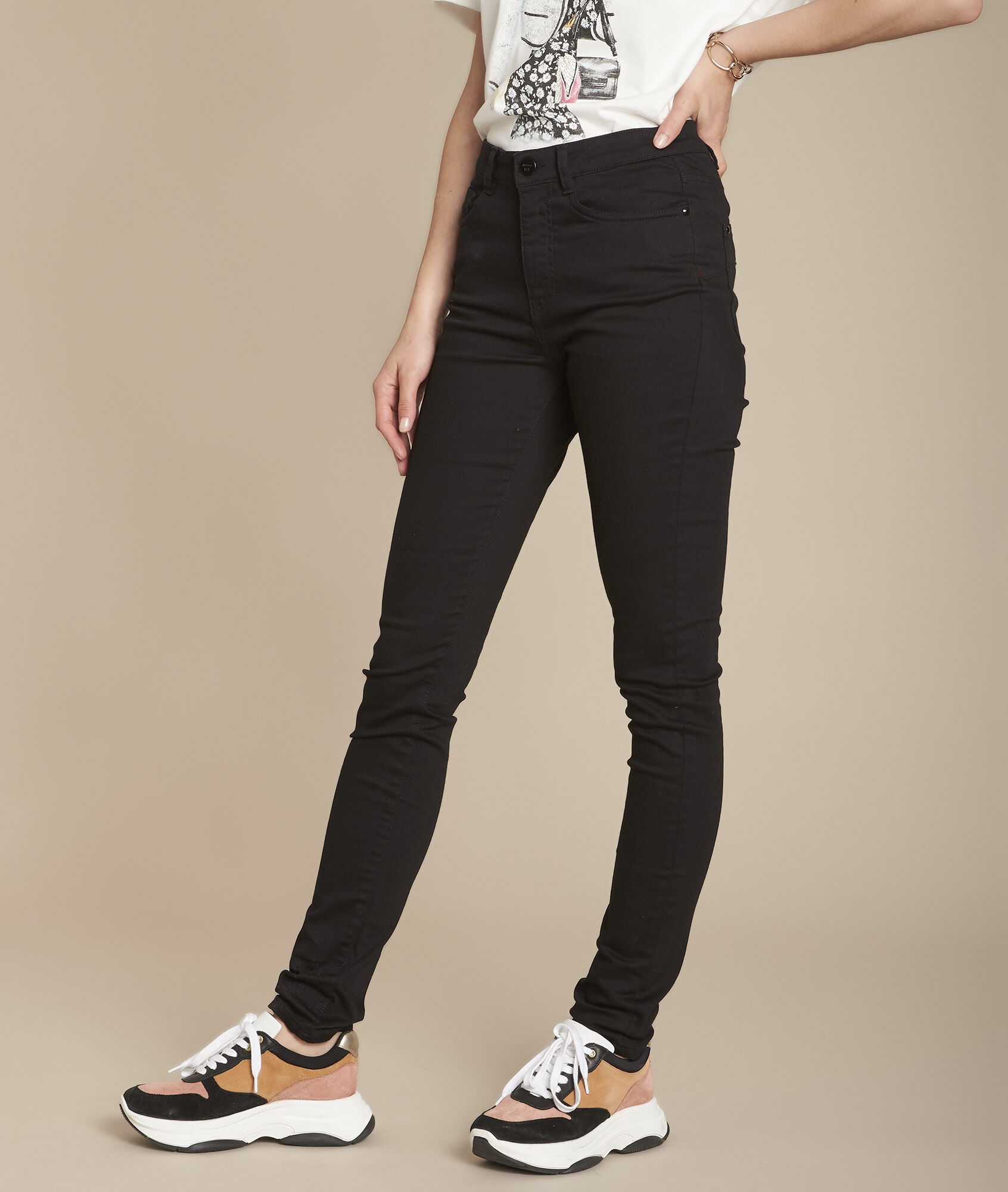 Schwarze Jeans Slim Suzy