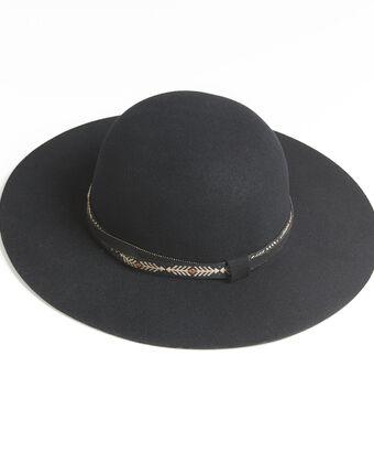 Capeline noire en feutre détails bijoux ugo noir.