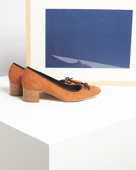Kalista camel velvet-effect shoes with square heels (1) - 1-2-3