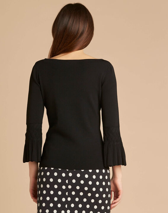 Fantasievoller schwarzer Pullover mit Pagodenärmeln Nina (4) - 1-2-3