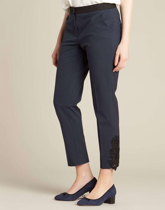 Pantalon de tailleur marine à pinces détails dentelle Valero (3) - 1-2-3