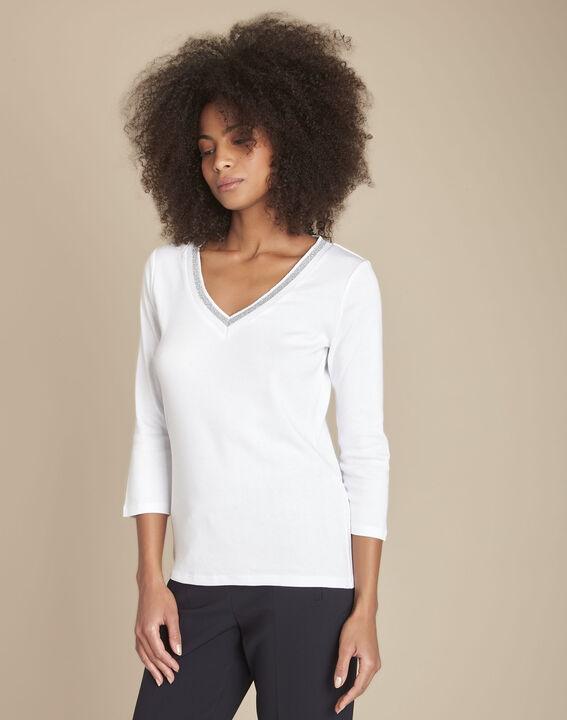 Tee-shirt blanc encolure V fantaisie Calypso PhotoZ | 1-2-3