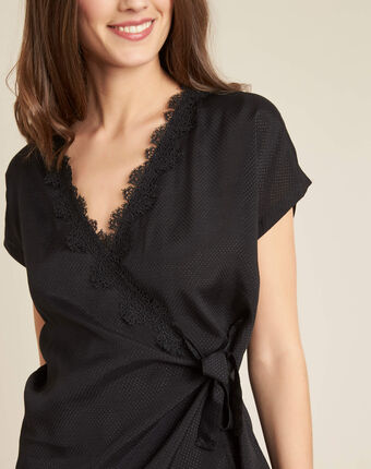 Gretta black shirt with cross-over neckline in lace black.