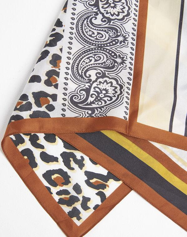 Amberkleurige zijde hoofddoek met dierenprint en grafische print Famy (1) - 37653