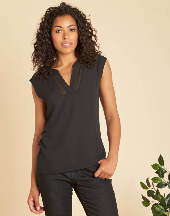 Bianca short-sleeved, black, dual-fabric T-shirt with a mesh collar  PhotoZ | 1-2-3