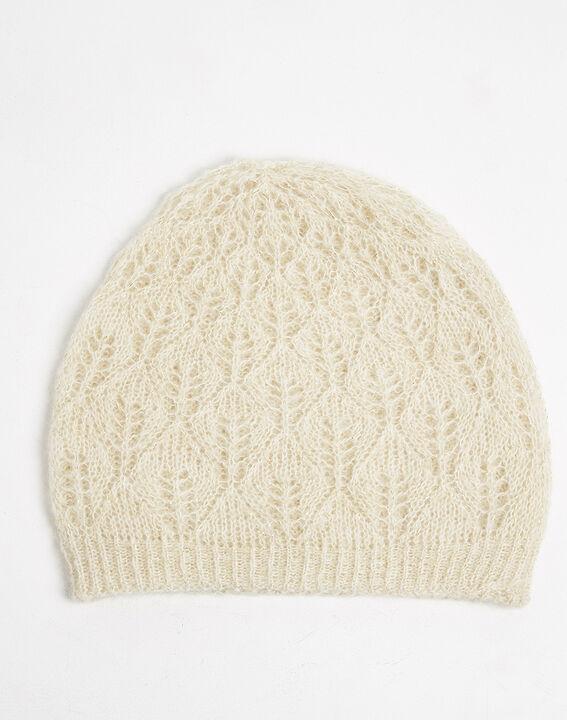 Ecrufarbene Mütze mit originellem Strickmuster Ursula (1) - Maison 123