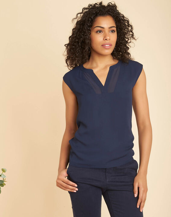 Bianca navy blue dual-fabric T-shirt with short sleeves and fishnet neckline (3) - 1-2-3