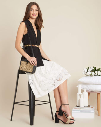 Dulcina mid-length lace skirt white.