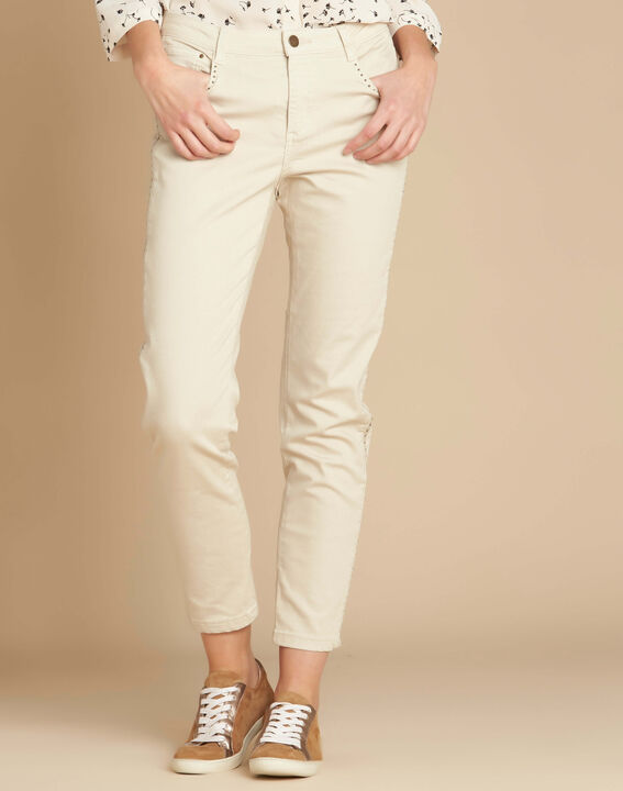 Vendôme 7/8 length jeans in beige with studded detailing (3) - 1-2-3