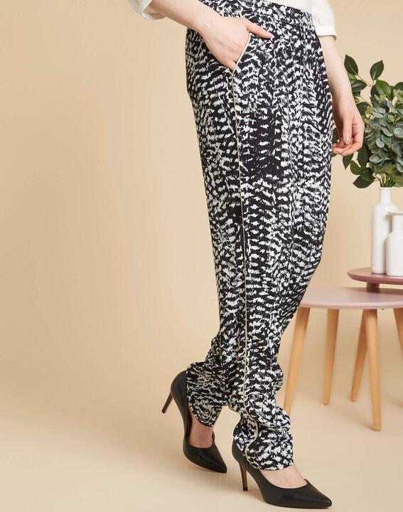 Schwarz-weiße Hose mit Print Samy (3) - 1-2-3