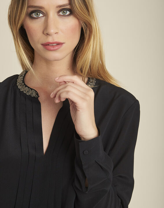 Celeste pleated black silk blouse with decorative neckline (3) - 1-2-3