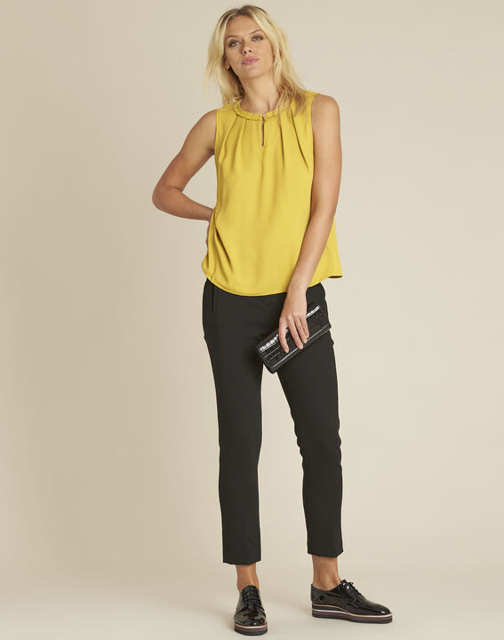 Fanette yellow top with decorative neckline (2) - 1-2-3