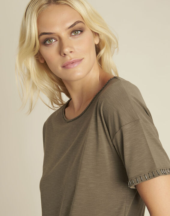 Tee-shirt kaki encolure fantaisie Gilda (3) - 1-2-3