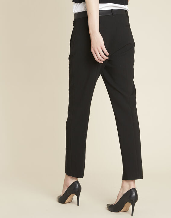 Lara compact black trousers with a leather-effect belt (4) - Maison 123