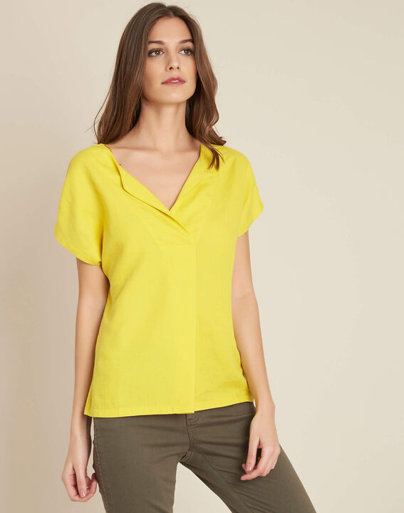 Gaia dual-fabric yellow T-shirt with granddad collar (3) - 1-2-3