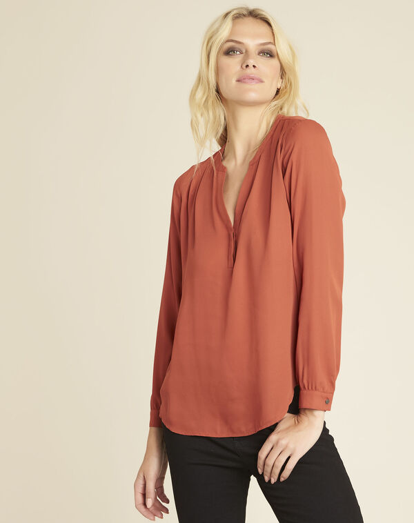 Christine ochre blouse with V-neckline (2) - 1-2-3