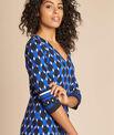 Blaues Kleid mit grafischem Print Delila PhotoZ | 1-2-3