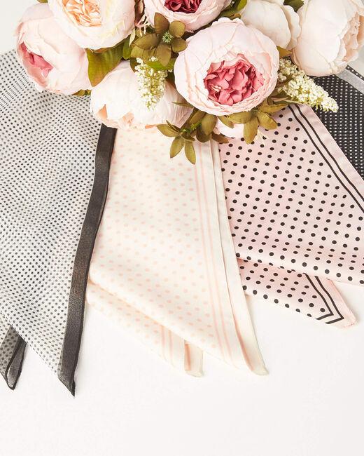 Ecru vierkant sjaaltje met bolletjes Adelita (2) - 37653
