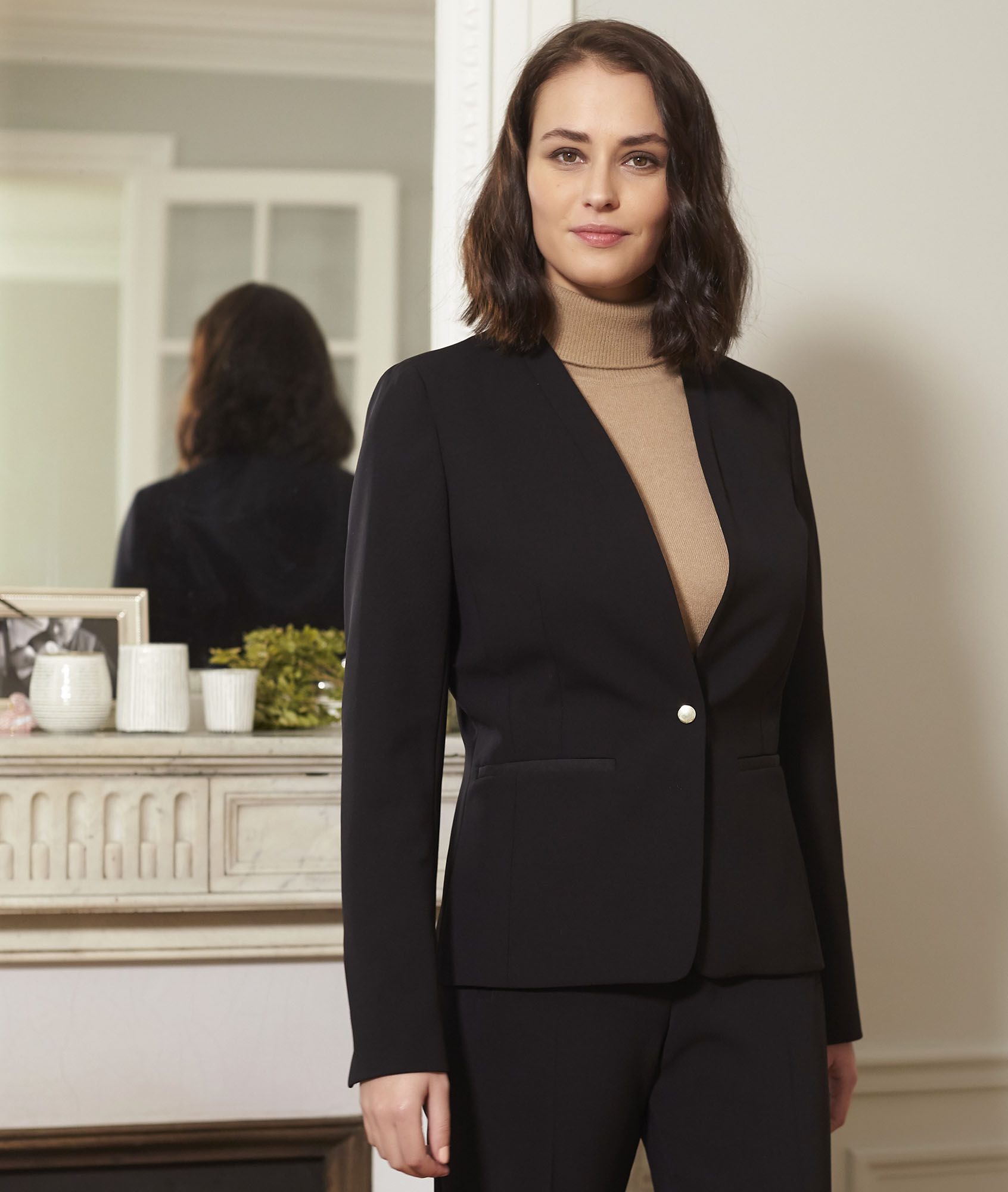 Majesté black collarless jacket - 123